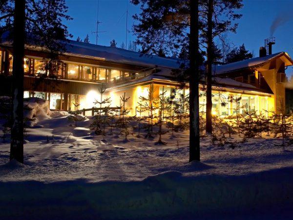Lomakeskus-Huhmari-Polvijärvellä-hotelli-kylpylä