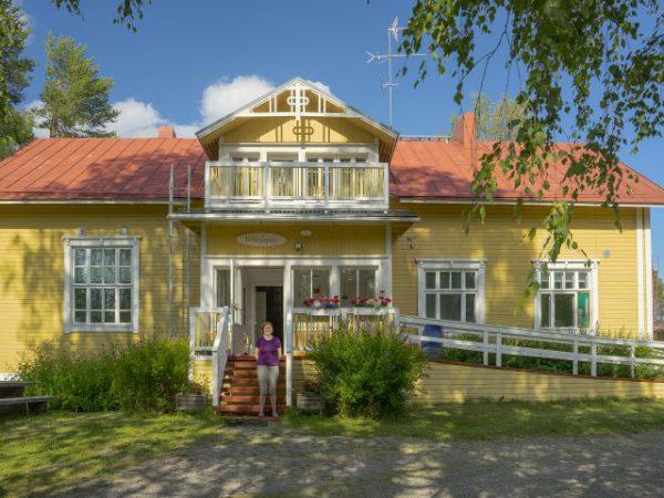 Majatalo-Pihlajapuu-Äksyt-Ämmät-Nurmeksessa