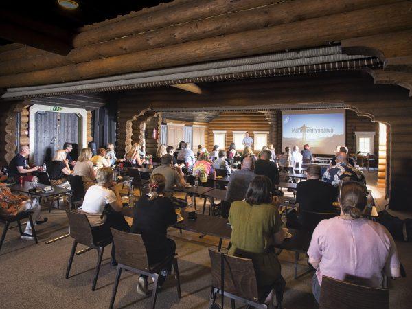 Break-Sokos-Hotel-Bomba-Kalevanhovi-kokoustila