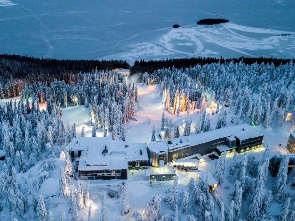 Break-Sokos-Hotel-Koli-hotelli-kylpylä-talvimaisema-Kolilla