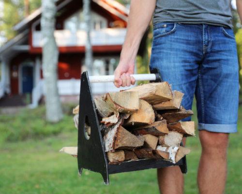 https://www.visitkarelia.fi/files/vk-harri-tarvainen-firewood2-jpg.jpg
