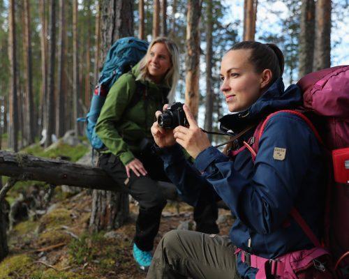 https://www.visitkarelia.fi/files/vk-harri-tarvainen-hikers7-jpg.jpg
