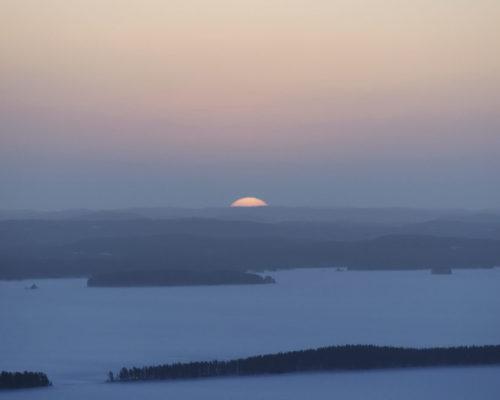 https://www.visitkarelia.fi/files/vk-harri-tarvainen-landscape-jpg-e1598358734839.jpg