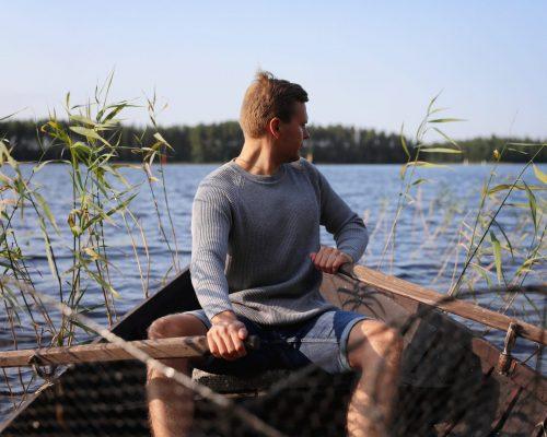 https://www.visitkarelia.fi/files/vk-harri-tarvainen-rowingboat2-jpg.jpg