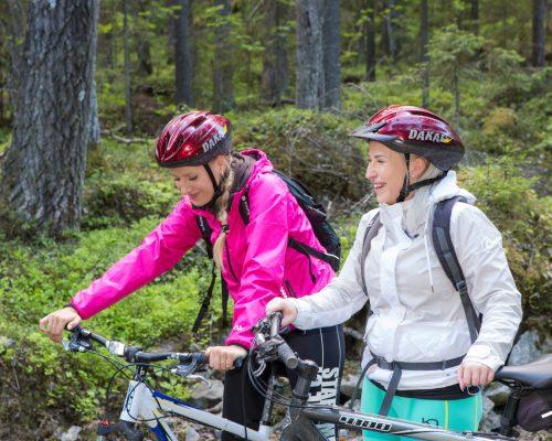 https://www.visitkarelia.fi/files/vk-jarno-artika-koliactiv-bikes-6.jpg