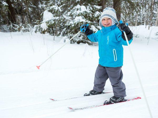 VK-hiihto-lapsi