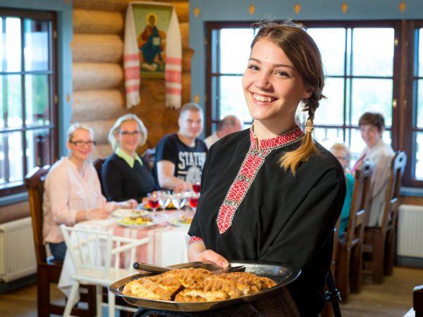 vk-Parppeinpirtti-Ilomantsissa-karjalainen ruoka