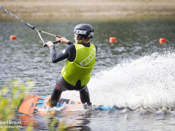 Wake4Break-wakeboarding-joensuu-linnunlahti